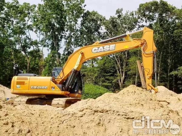 凯斯CX210C<a href=http://product.d1cm.com/wajueji/ target=_blank>挖掘机</a>
