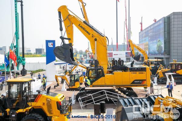 柳工F系列990F挖掘机