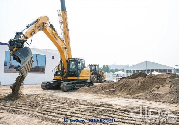 926F挖掘机