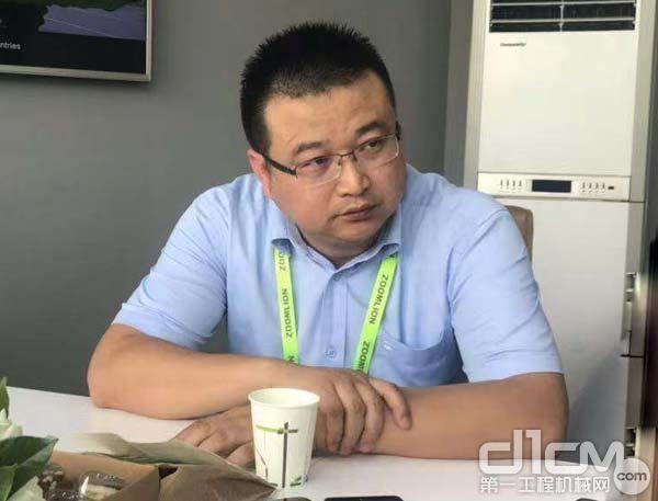 中联重科工程起重机公司副总经理罗同春