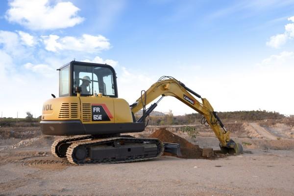 30台雷沃挖掘机