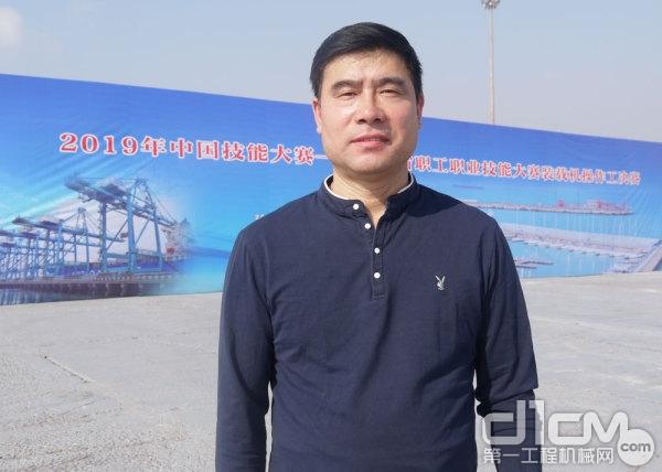 河北小松工程机械贸易有限公司副总经理贾志辉