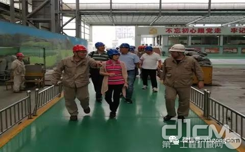 厦工股份公司常务副总裁郭松一行访问重点战略大客户公司