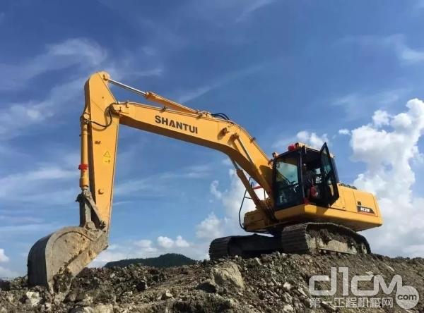 山推挖掘机