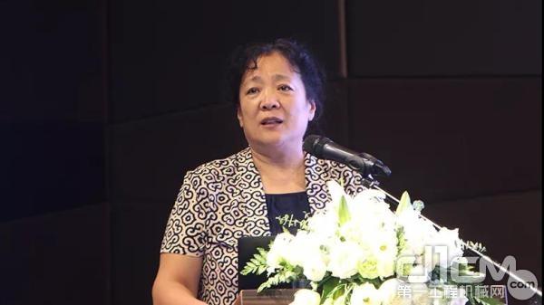 中国物资再生协会副会长兼秘书长高延莉女士