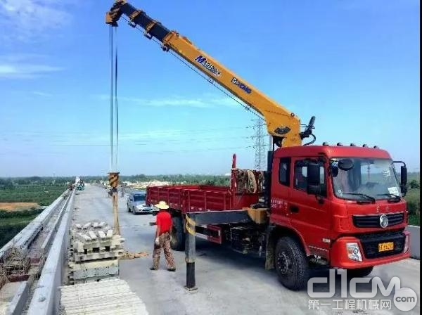 徐工设备助力银西高速铁路建设
