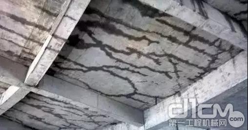 混凝土开裂