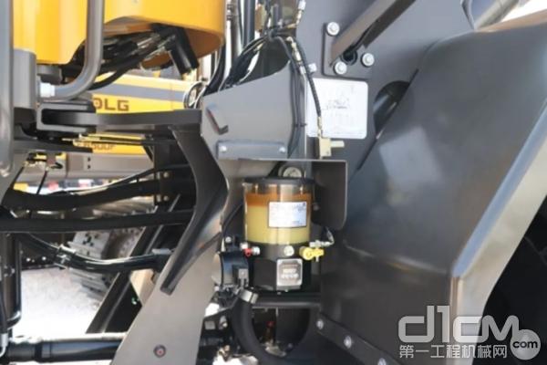 整机标配集中润滑装置