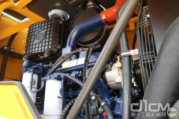 采用潍柴WP10发动机