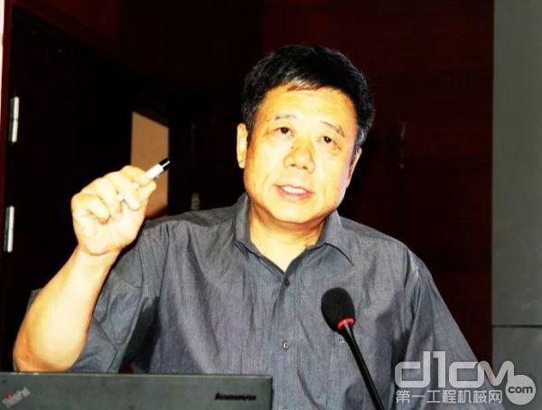 首都经济贸易大学国际经济与贸易系系主任刘宏教授