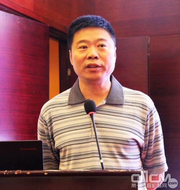 上海庞源机械租赁有限公司副总经理尚立强