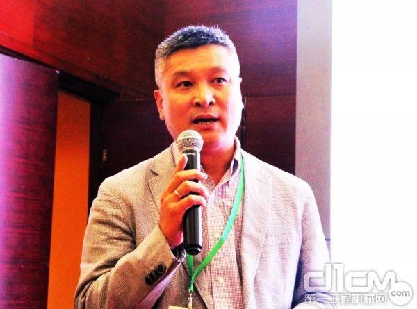 小松(中国)投资有限公司晁林