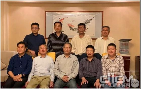筑养路机械分会秘书长工作会议在济南召开