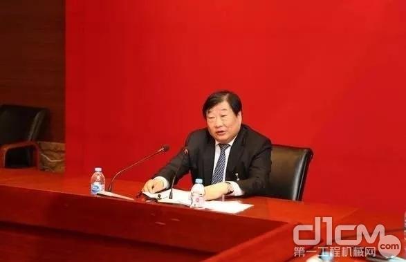 山东重工、潍柴动力、潍柴集团和中国重汽董事长的谭旭光