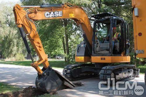 凯斯CX75SR挖掘机
