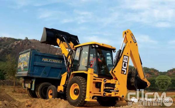 JCB挖掘装载机