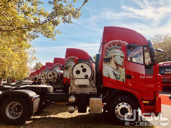 上汽红岩国六LNG杰狮C6系列产品