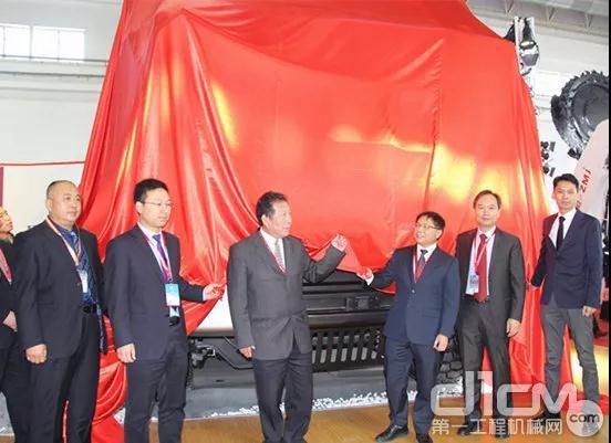 三一SKT90E矿用无人驾驶纯电动宽体自卸车正式揭幕
