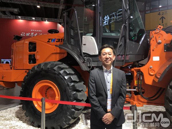 日立建机(上海)有限企业副总经理、营业统括本部本部长高野诚先生