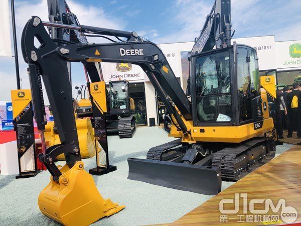 E60迷你型挖掘机