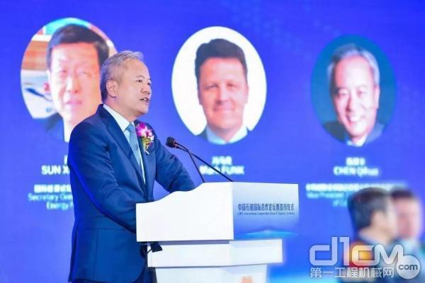 卡特彼勒全球副总裁陈其华