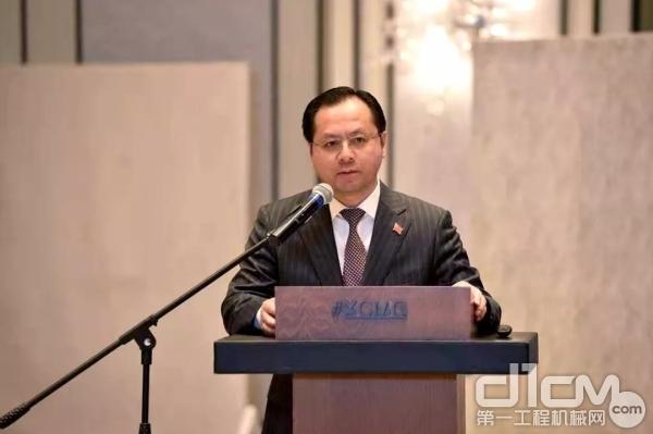 中华人民共和国驻喀山总领事馆总领事吴颖钦致辞