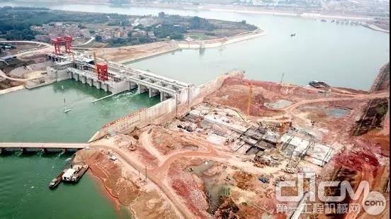 广西邕宁水利枢纽工程,让田老板印象深刻的江面施工