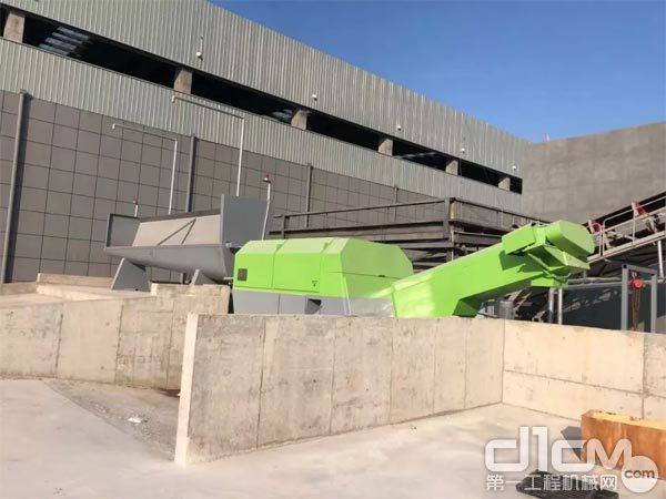 产品配置高效的砂石分离机、浆水回收系统和压滤机