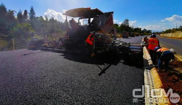 RP1655在云南高速项目施工
