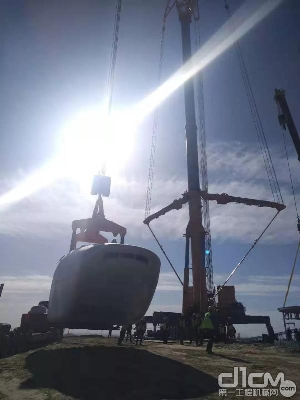 徐工全地面起重机XCA1600吊装作业