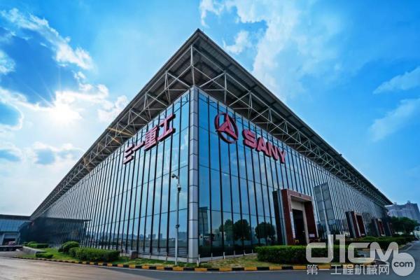 中国<a href=http://product.d1cm.com/brand/sany/ target=_blank>三一</a>重工跻身全球365bet体育三强