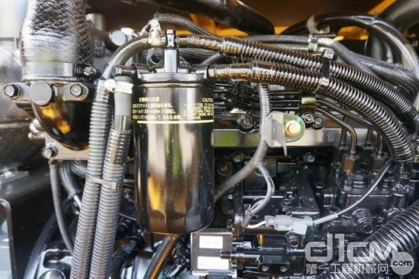 山东临工E680F采用洋马4TNV98发动机