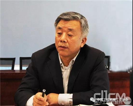 协会副秘书长吕莹
