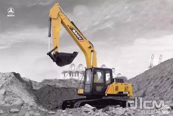 三一SY215C挖掘机