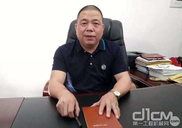 福建省新华都工程有限责任公司副总经理郑明艺