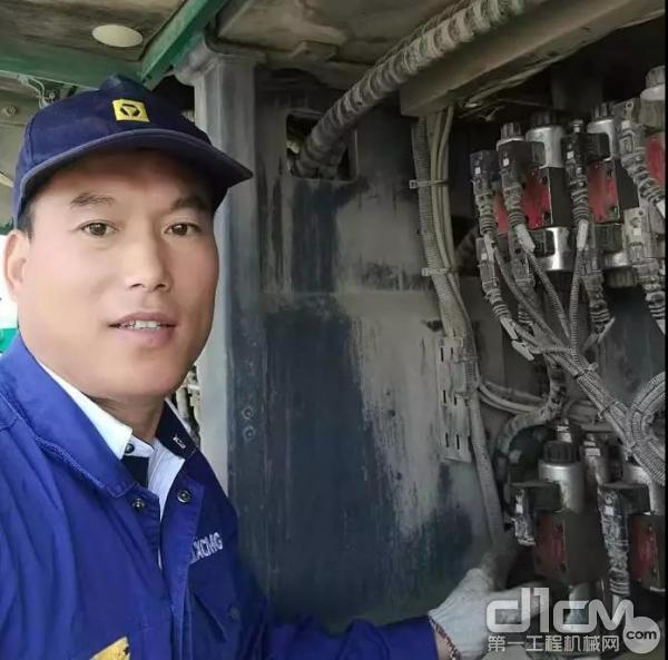 服务工程师张宗羽