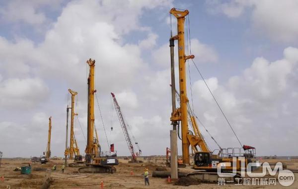 徐工XR220D旋挖钻机群在巴基斯坦施工