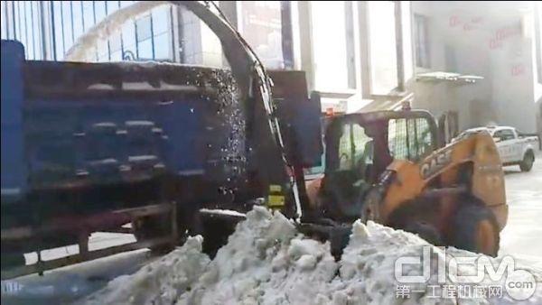 强大的吹雪能力 装车这种活轻轻松松