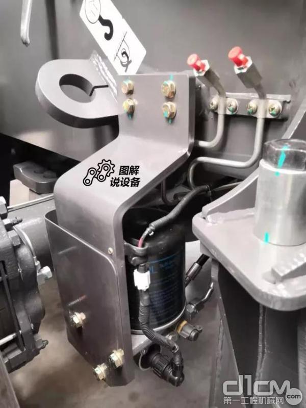 新型干燥器,利用反吹原理两次过滤