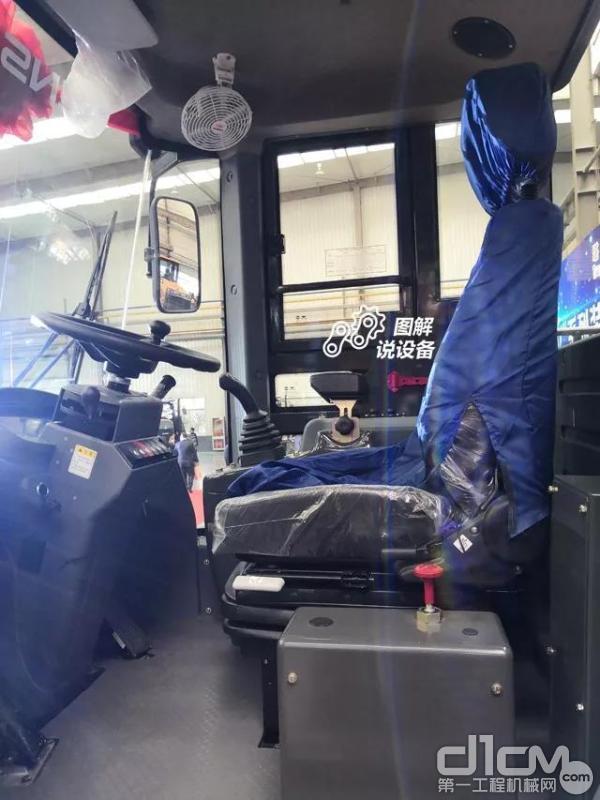 多向可调节悬浮式座椅