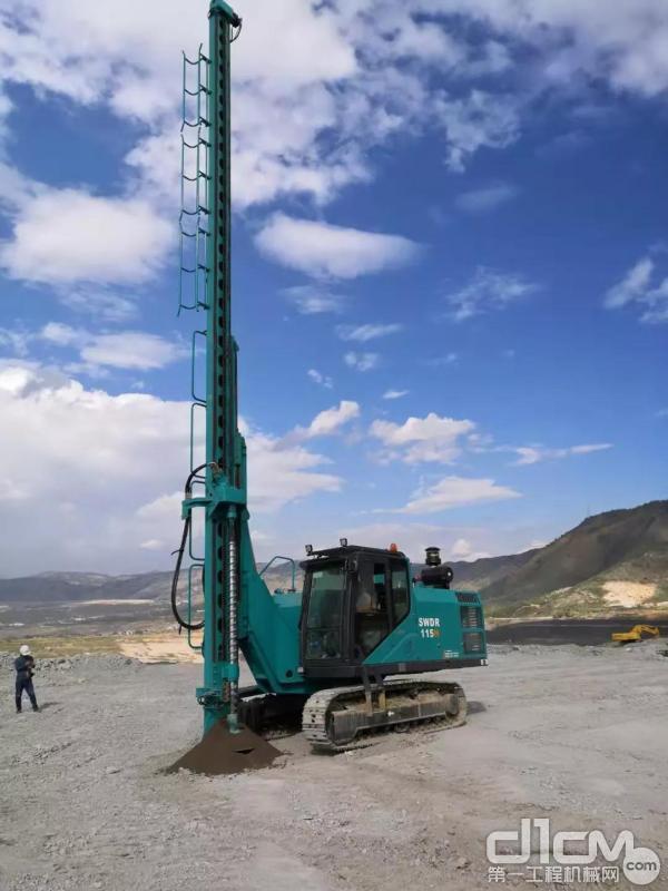 山河智能首台切削螺旋钻机SWDR115H