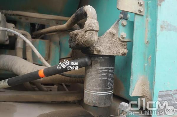 机油滤芯更换方便