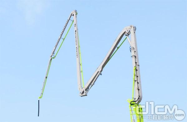 ▲采用镂空设计的臂架