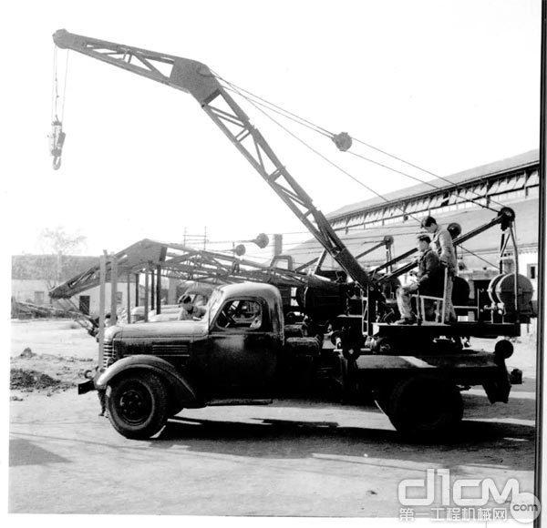 1963年,5吨汽车起重机