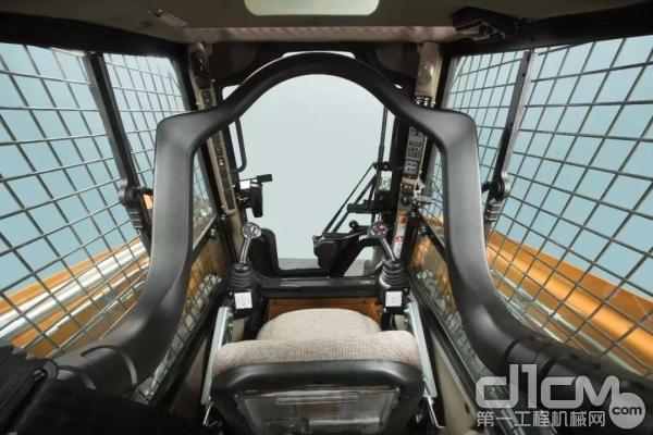 驾驶室拥有杰出的操作视野