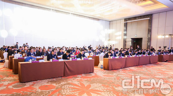 2019年中国365bet体育工业协会工程起重机分会举办