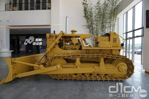 CAT?D7G推土机