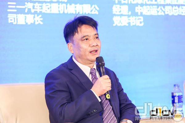 中联重科助理总裁、工程起重机分企业总经理罗凯