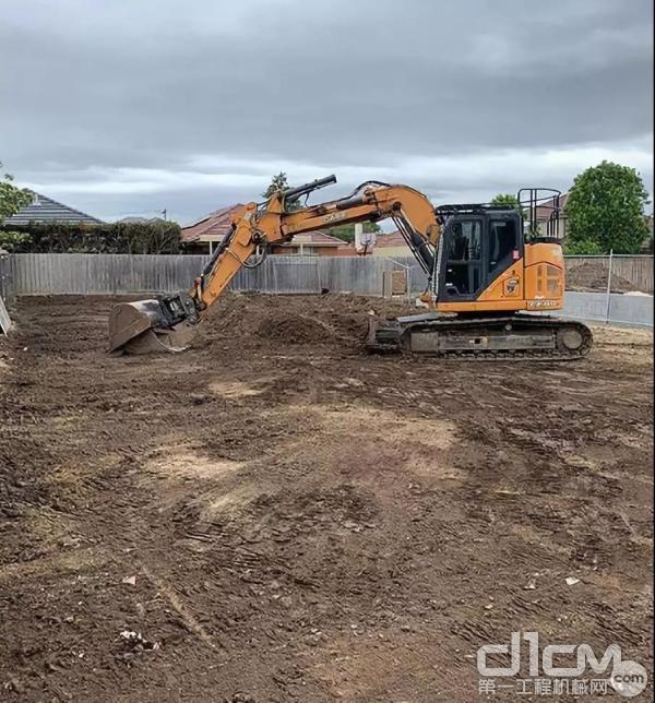 凯斯挖掘机施工