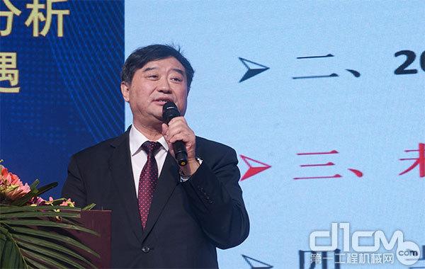 中国365bet体育工业协会常务副会长兼秘书长苏子孟致辞